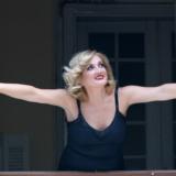"H ""Ρένα"" του Αύγουστου Κορτώ με την Υρώ Μανέ στο Faliro Summer Theater"