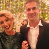 Η Σία Κοσιώνη και ο Κώστας Μπακογιάννης εμβολιάστηκαν πλήρως κατά του κορονοϊού