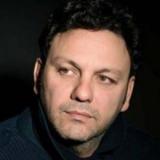 """Ο Στάθης Αγγελόπουλος έφτασε ένα βήμα πριν τη διασωλήνωση   """"Είμαστε κατά του εμβολίου"""" λέει η μητέρα του"""