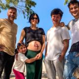 Ο Στέλιος Κρητικός αποκάλυψε το φύλο του μωρού που περιμένουν με την Κάτια Παπαδοπούλου