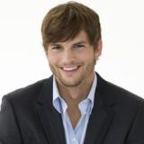 Ο Ashton Kutcher εξήγησε τον λόγο που δεν θα ταξιδέψει στο Διάστημα και επέστρεψε το εισιτήριο του