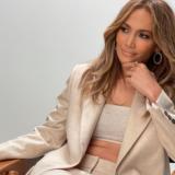 Η εντυπωσιακή εμφάνισή της Jennifer Lopez στο show των Dolce & Gabbana στη Βενετία