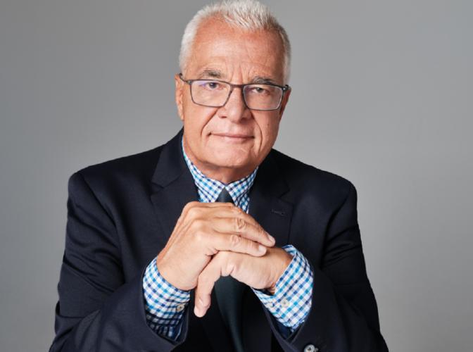 MEGA Γεγονότα: Ο Γιάννης Πρετεντέρης βασικός σχολιαστής στο Κεντρικό δελτίο ειδήσεων