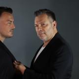 Γιώργος Δασκουλίδης-Σάκης Αρσενίου: Στα backstage της φωτογράφισης της αφίσας τους - Που ξεκινάνε νυχτερινές εμφανίσεις
