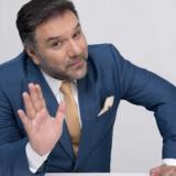 The 2Night Show: Η ανακοίνωση για την πρεμιέρα του Γρηγόρη Αρναούτογλου