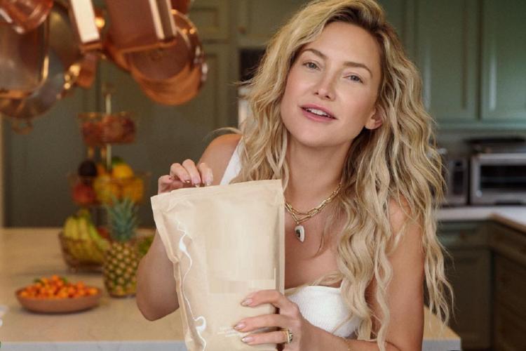 Οι νέες αναρτήσεις της Kate Hudson από τις διακοπές της στην Ελλάδα