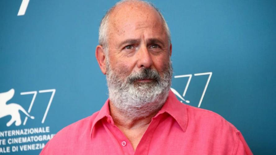 Roger Michell: Έφυγε από την ζωή ο σκηνοθέτης του «Μια βραδιά στο Νότινγκ Χιλ»
