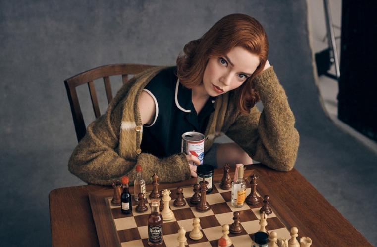 The Queen's Gambit: Ο δημιουργός της σειράς απαντά στο αν θα υπάρξει συνέχεια στην ιστορία