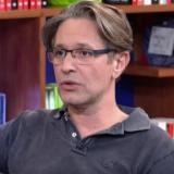 """Αιμίλιος Χειλάκης: """"Ο όγκος πίεσε το οπτικό νεύρο και το μάτι…"""""""