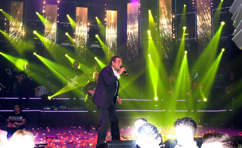 Εντυπωσιακή πρεμιέρα με Σεφερλή για Αντύπα-Ζαφείρη Μελά στο Cabana Live Stage