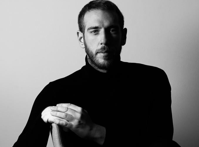Ο βραβευμένος σκηνοθέτης Βασίλης Κεκάτος έρχεται στο MEGA με ένα συναρπαστικό project μυθοπλασίας