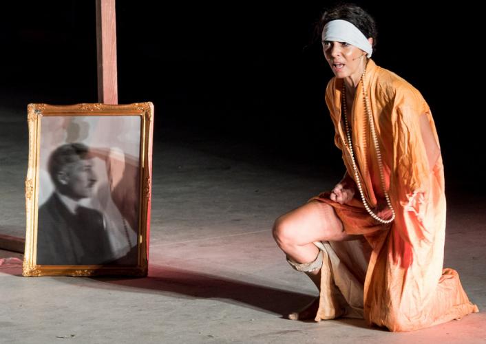Το αγρίμι, Μαρίκα Κοτοπούλη στο Θέατρο Αλκμήνη